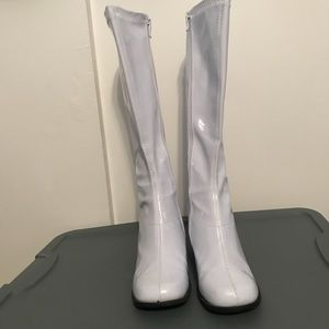 Ellie Shoes - White Ellie GogoBoots